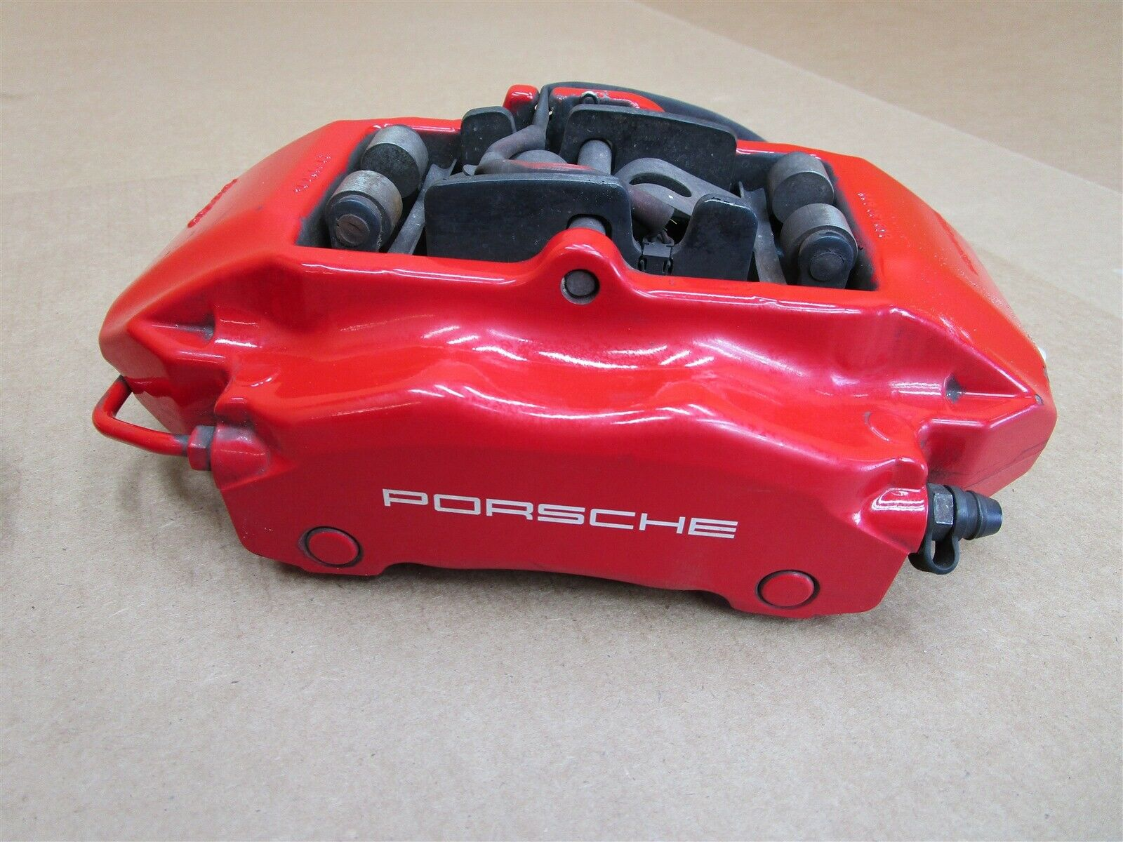 06 Cayman S Porsche 987 FRONT BREMBO BRAKE CALIPERS 996351425 996351426 79,161
