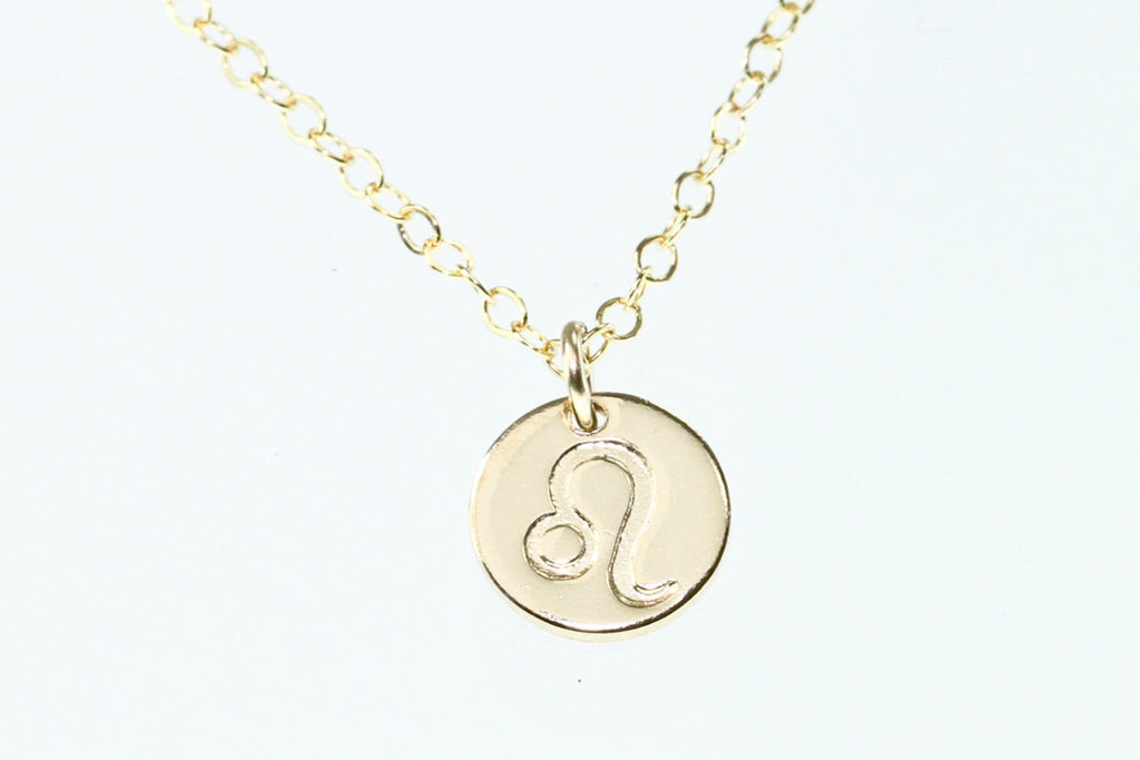 Leo necklace astrology