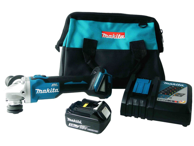 Makita XAG03Z 18V Kit Black and Blue Bag Battery and Charger