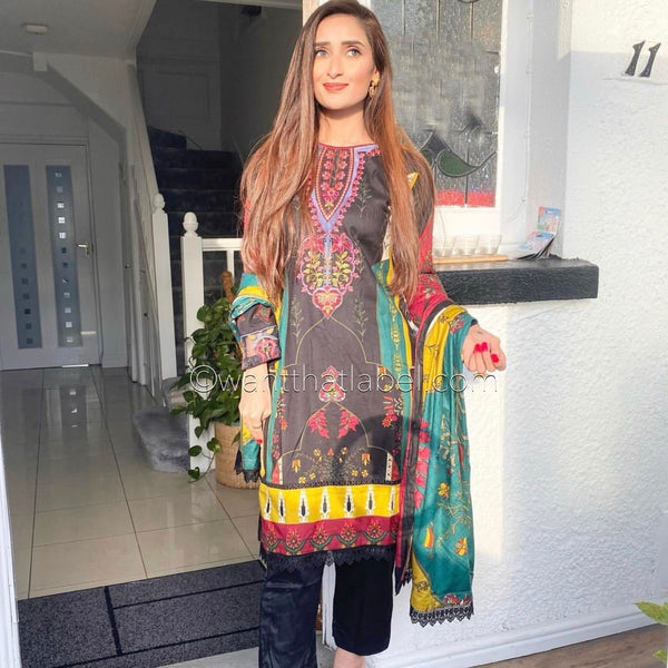 Iznik Inspired Black Mustard Embroidered Linen Suit