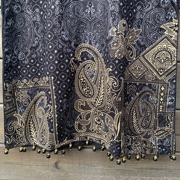 Oaks Inspired Black Linen 3 Piece Shawl Suit - WANT THAT LABEL