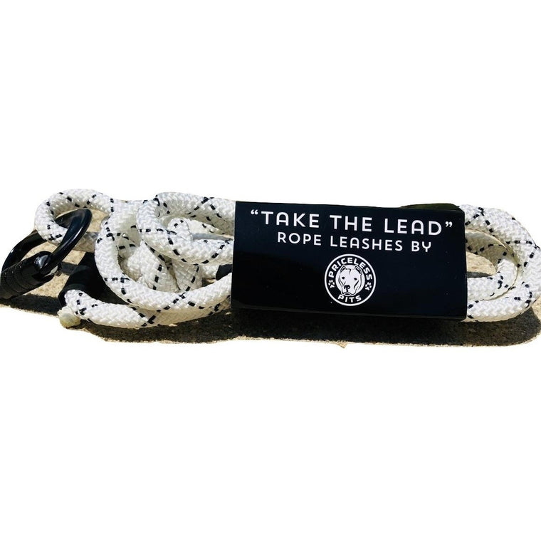 """Milk"" Carabiner Rope Dog Leash"