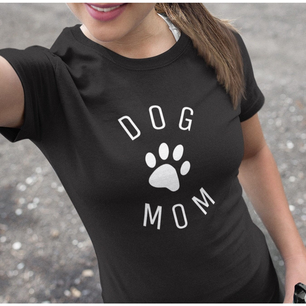 """Dog Mom Circle"" Women's Black Pitbull Shirt"