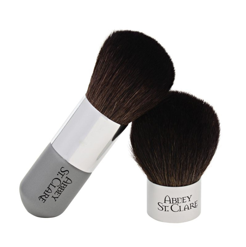 THE Luscious Kabuki Brush