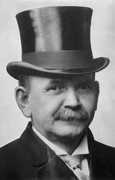 http://commons.wikimedia.org/wiki/File:Austin_Lane_Crothers,_photograph_of_head_with_top_hat.jpg
