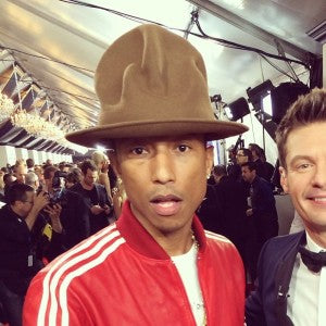 Pharrell-Williams-wears-Vivienne-Westwood-Buffalo-Mountain-Hat-at-the-2014-Grammys