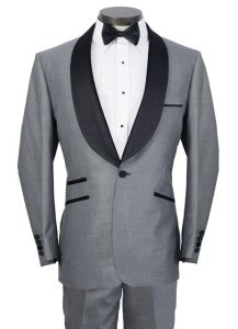 The black trims and lapel really accentuates the classiness of this tux.