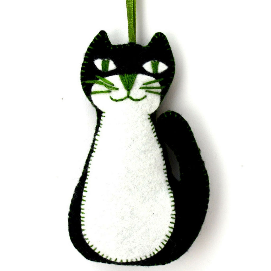 Corinne Lapierre Black Cat Felt Craft Kit