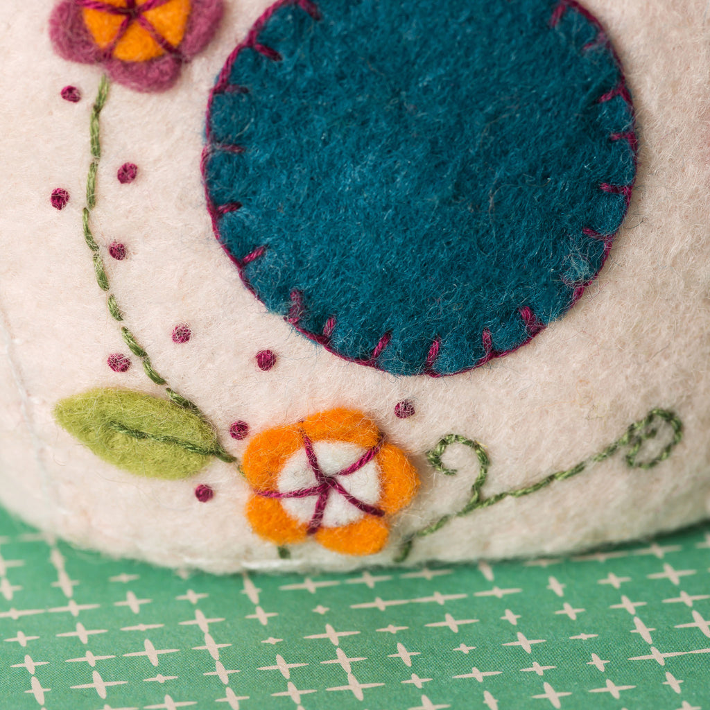 Corinne Lapierre Birds and Birdhouse Felt Craft Kit Detail