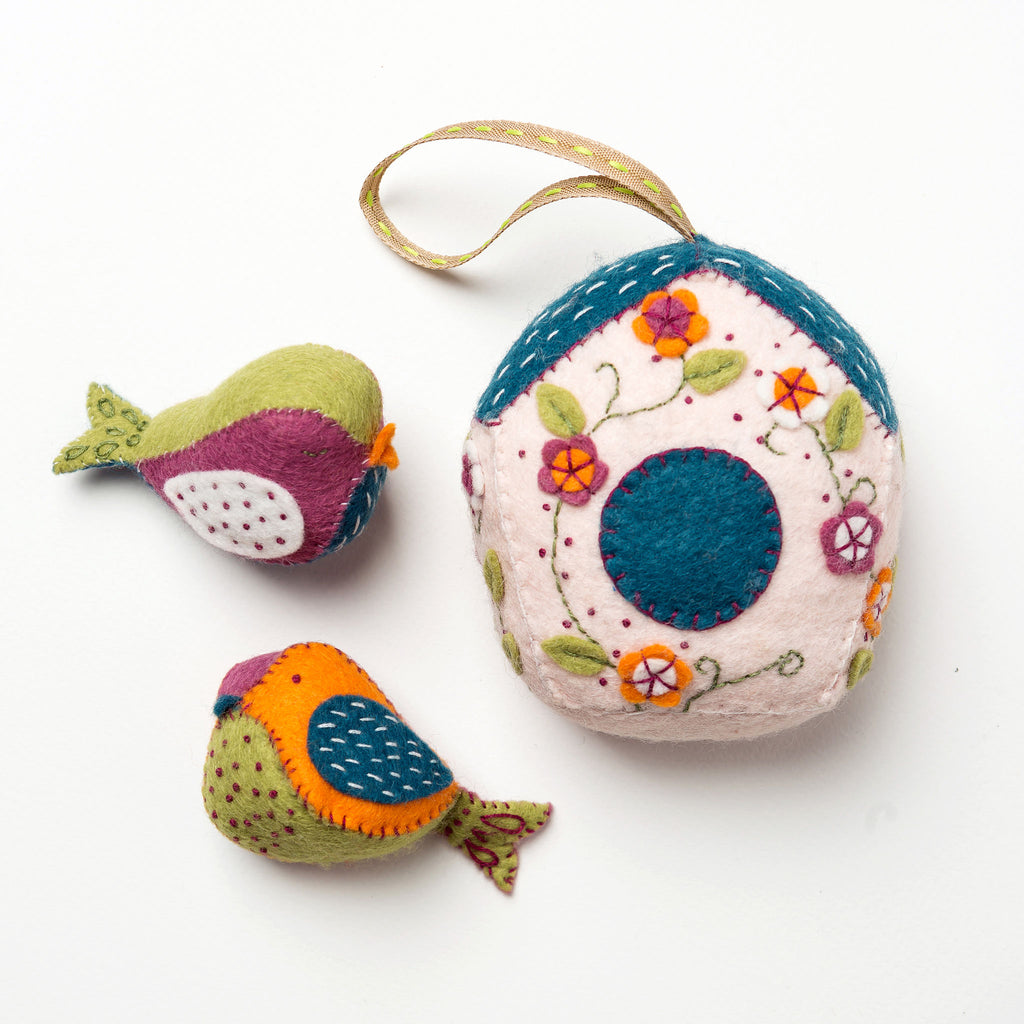 Corinne Lapierre Birds and Birdhouse Felt Craft Kit