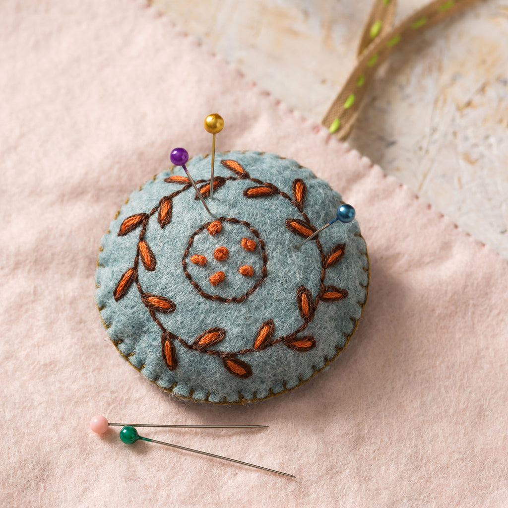 Corinne Lapierre Felt Sewing Roll Embroidery Craft Kit Pincushion