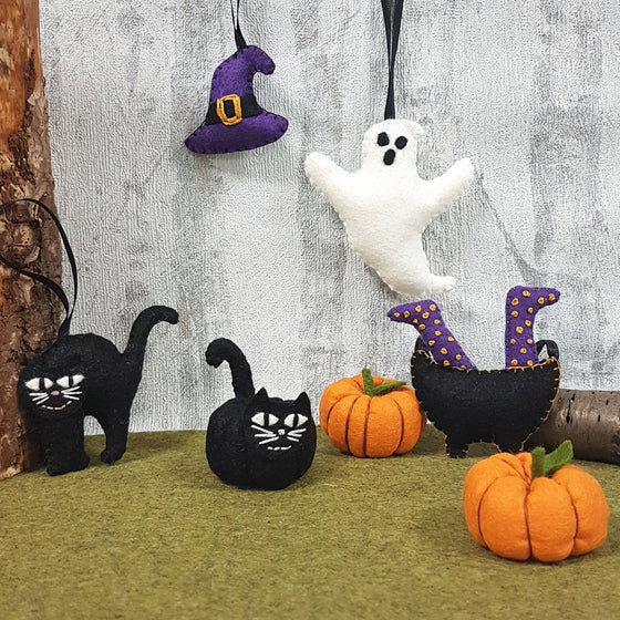 Corinne Lapierre Halloween Felt Bundle and Patterns