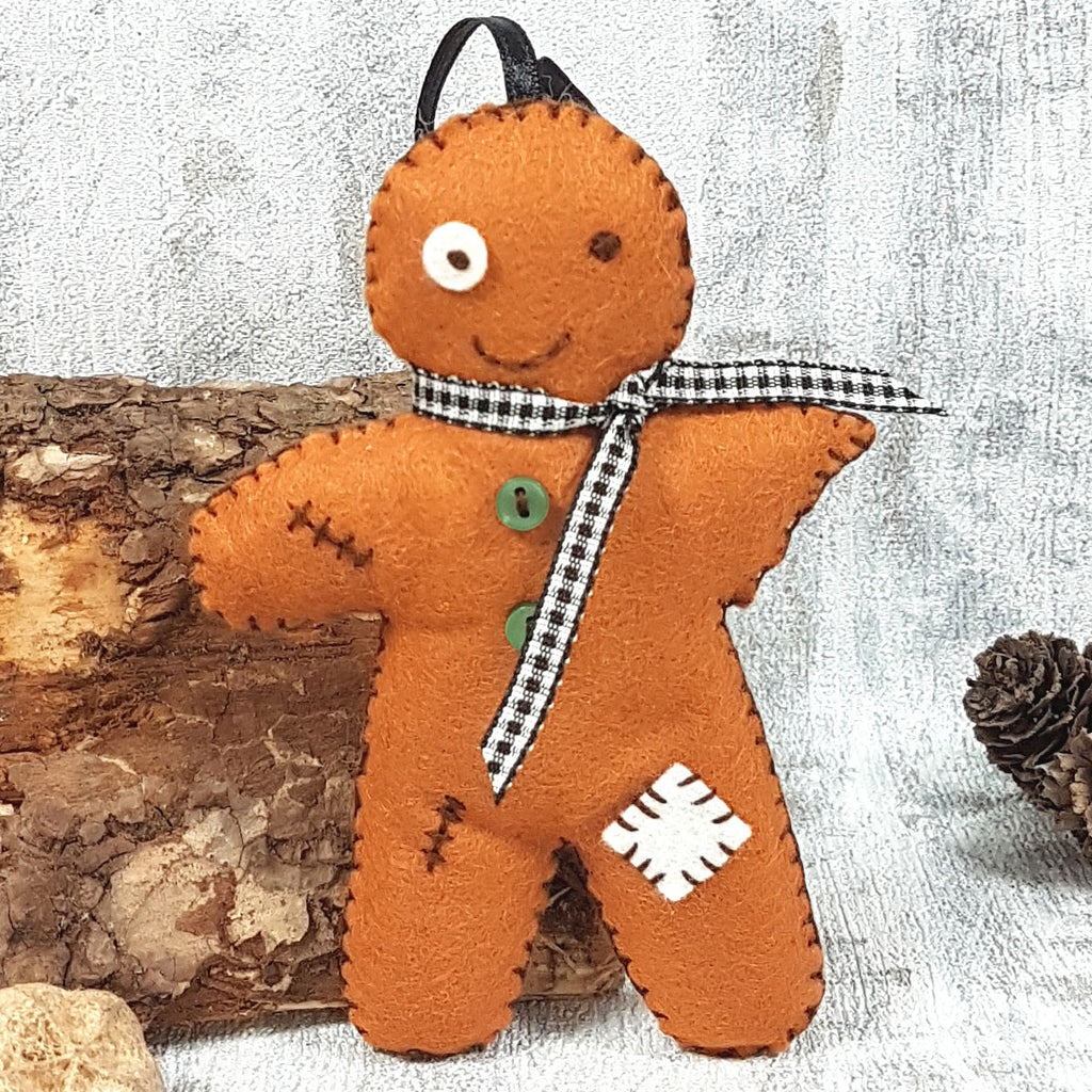 Corinne Lapierre Halloween Gingerbread Man Mini Kit