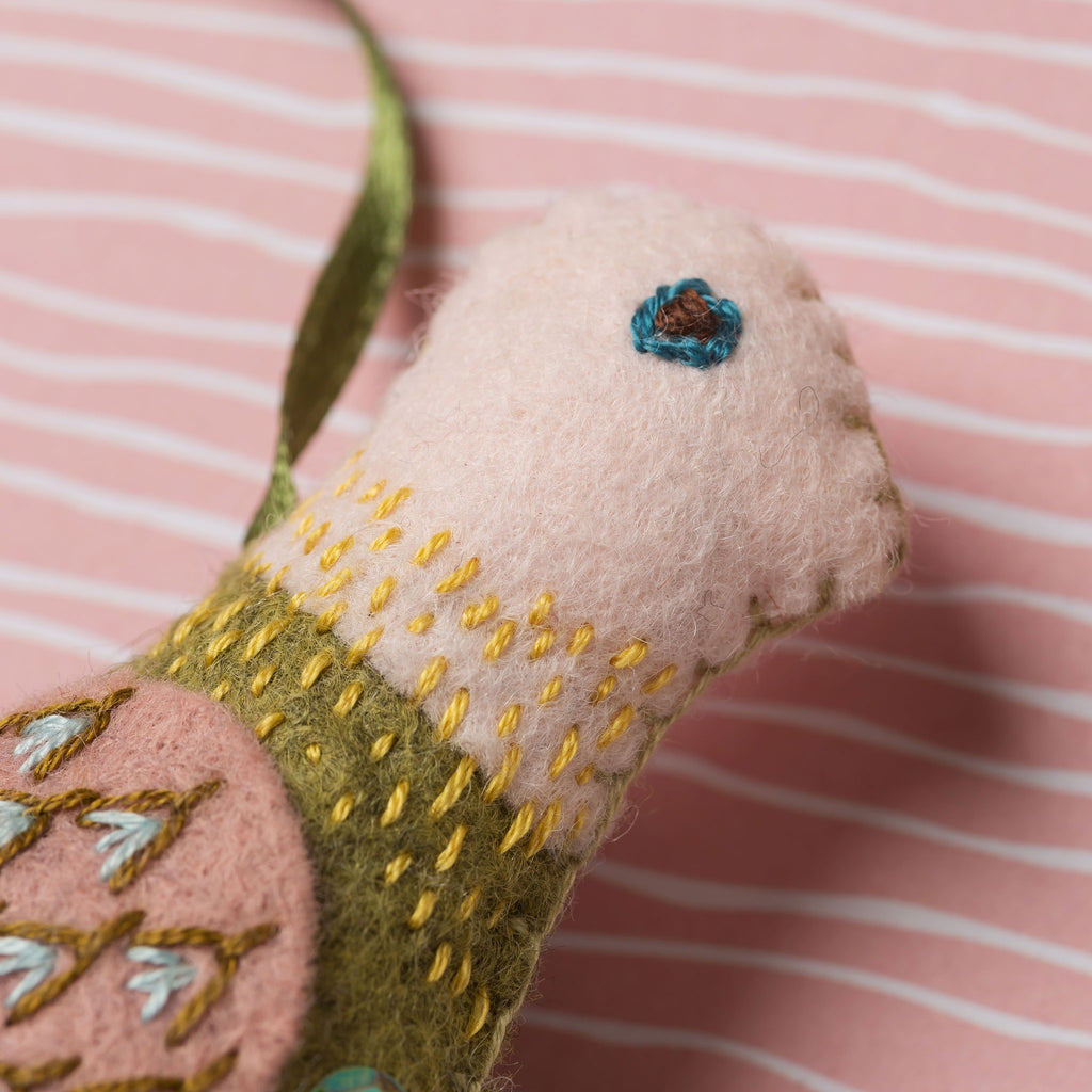 Corinne Lapierre Love Birds Felt Craft Kit Head Detail