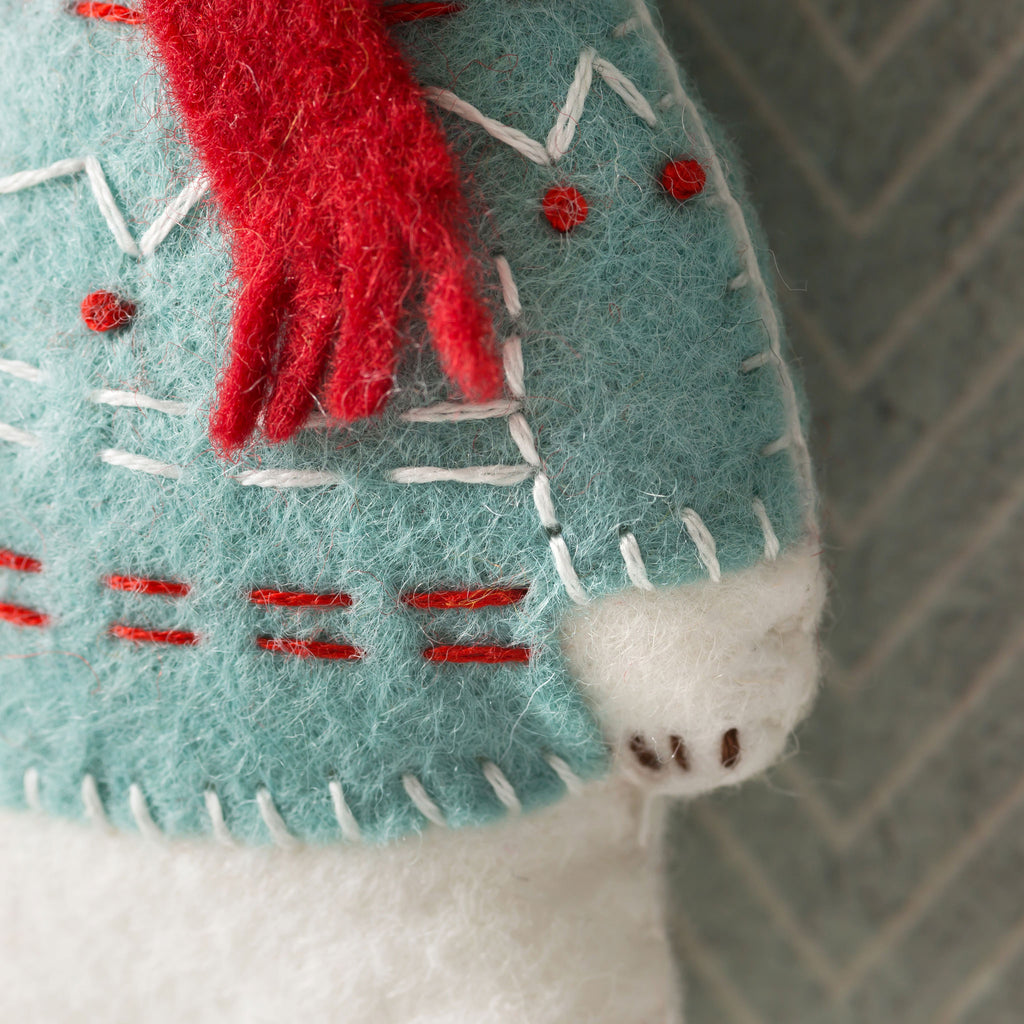 Corinne Lapierre Polar Bear Felt Craft Kit Jumper Detail