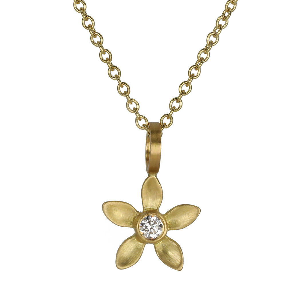 Gold Flower Pendant Necklace with Diamond