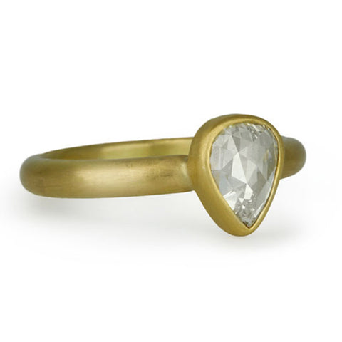 Gold Pear-Shaped Diamond Ring