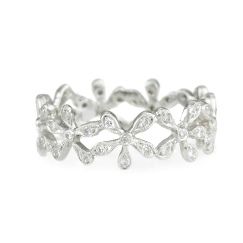 "Platinum and Diamond ""Continuous Daisy"" Band"