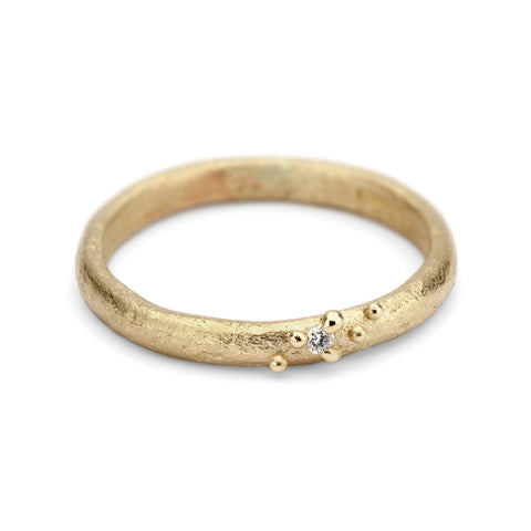 Ruth Tomlinson Gold Band with Single Diamond