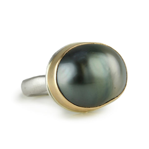 Oval Ombre Gray Pearl Ring