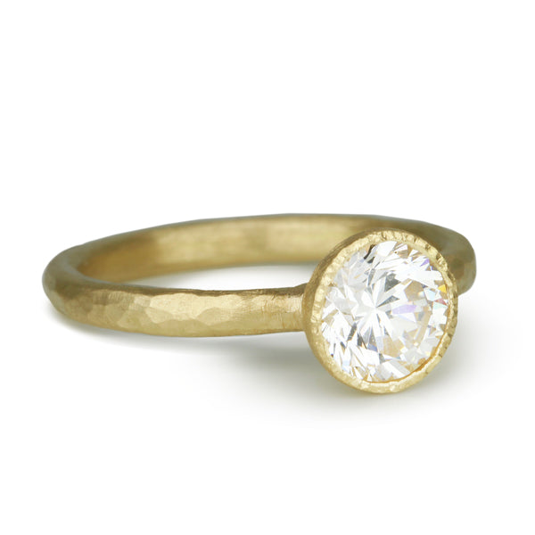 18K Yellow Gold Tapered Bezel-Set Solitaire Mount
