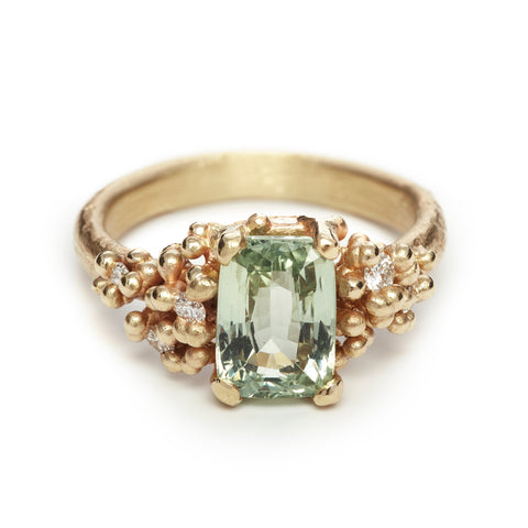Gold and Green Sapphire Ring with Diamonds