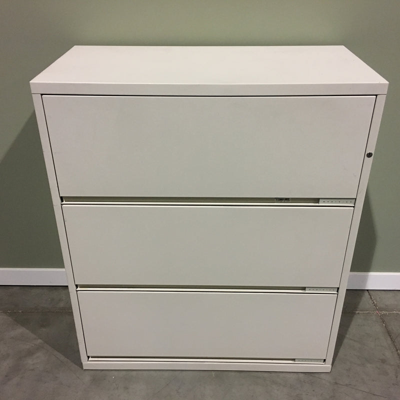 MERIDIAN 3 HIGH CABINET