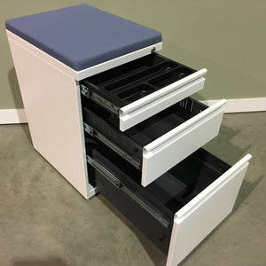TEKNION PEDESTAL WITH BLUE CUSHION TOP
