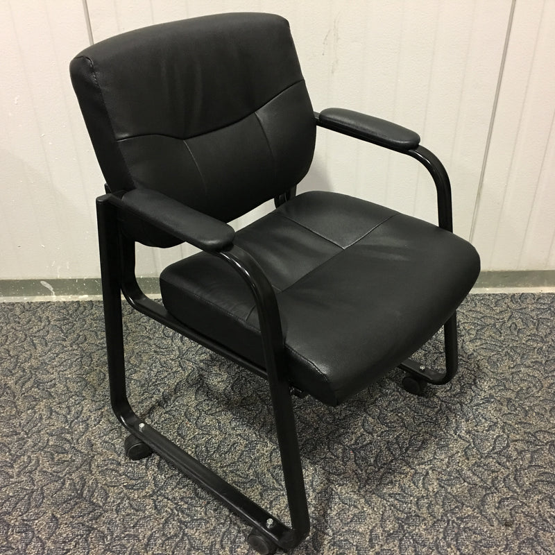 BLACK SIDE CHAIR ON CASTERS