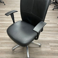 LEATHER BOARDROOM CHAIR WITH ADJUSTABLE ARMS