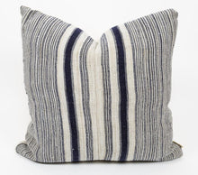 Load image into Gallery viewer, TUNG Decorative Pillow