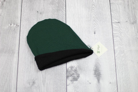 Slouchy Beanie (Reversible Hunter Green/Black)