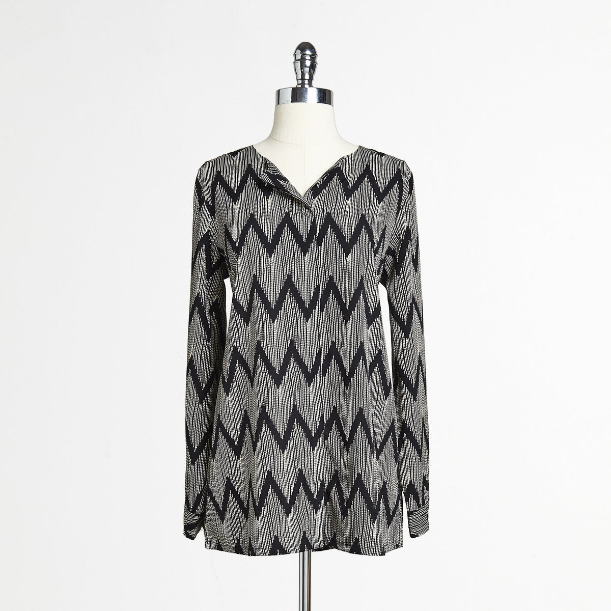 Mix Nouveau Chevron Button Down Top