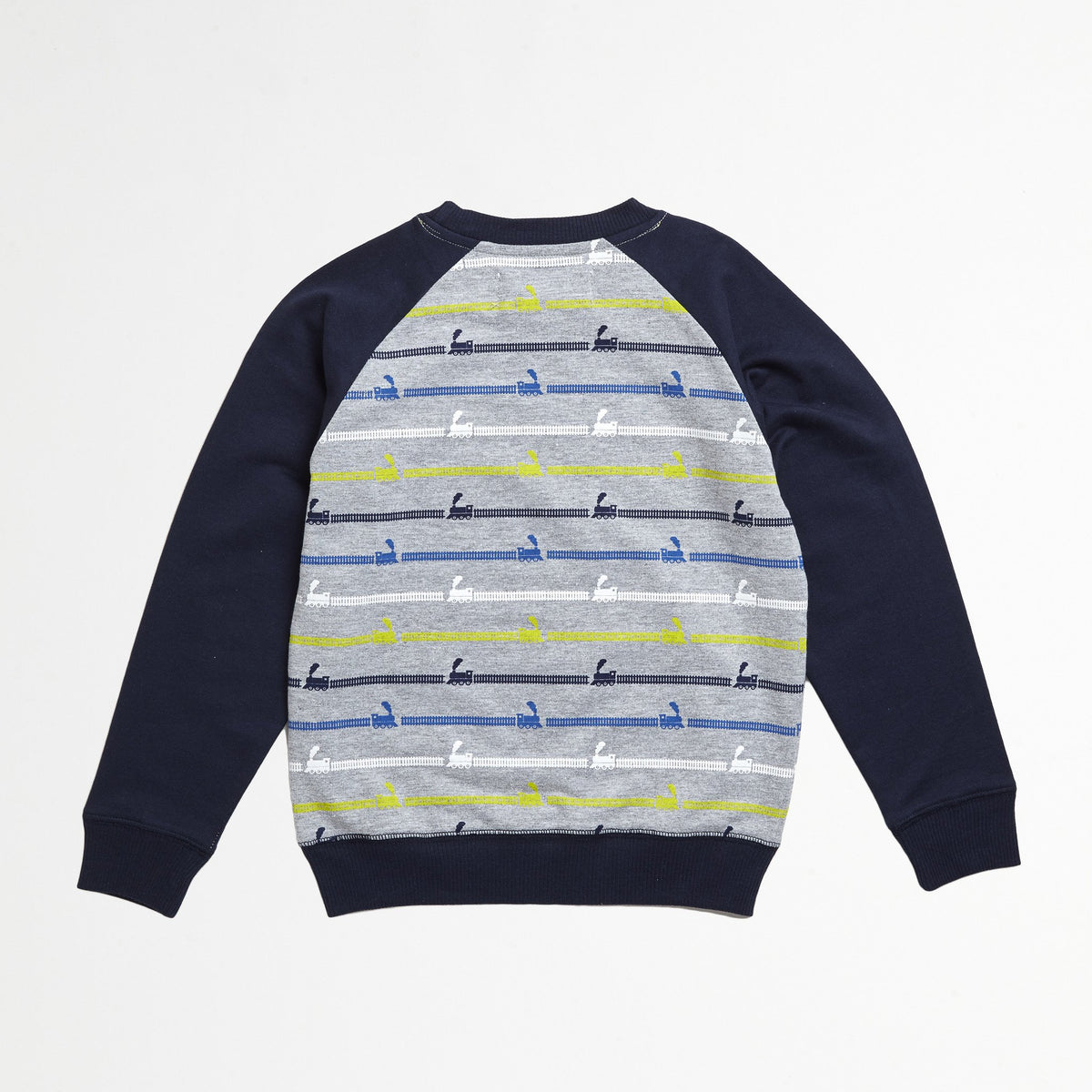 Train Raglan Pull Over