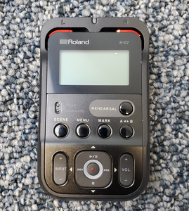 Roland R-07 Recorder Used - MINT Condition