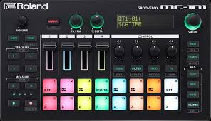 Roland MC-101 Groovebox - edrumcenter.com