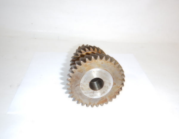 46-65 Jeepster Willys T96 Transmission Cluster Gear Counter Shaft NOS 641448