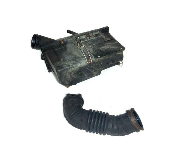 91-95 Wrangler YJ 2.5 4 Cyl Air Cleaner Filter Box Assembly Tube Hose Connector
