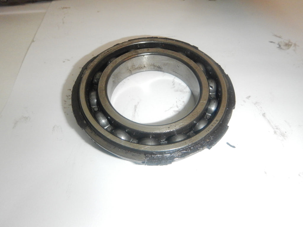 88-92 Comanche MJ Jeep 231 242 Transfer Case Output Shaft Bearing