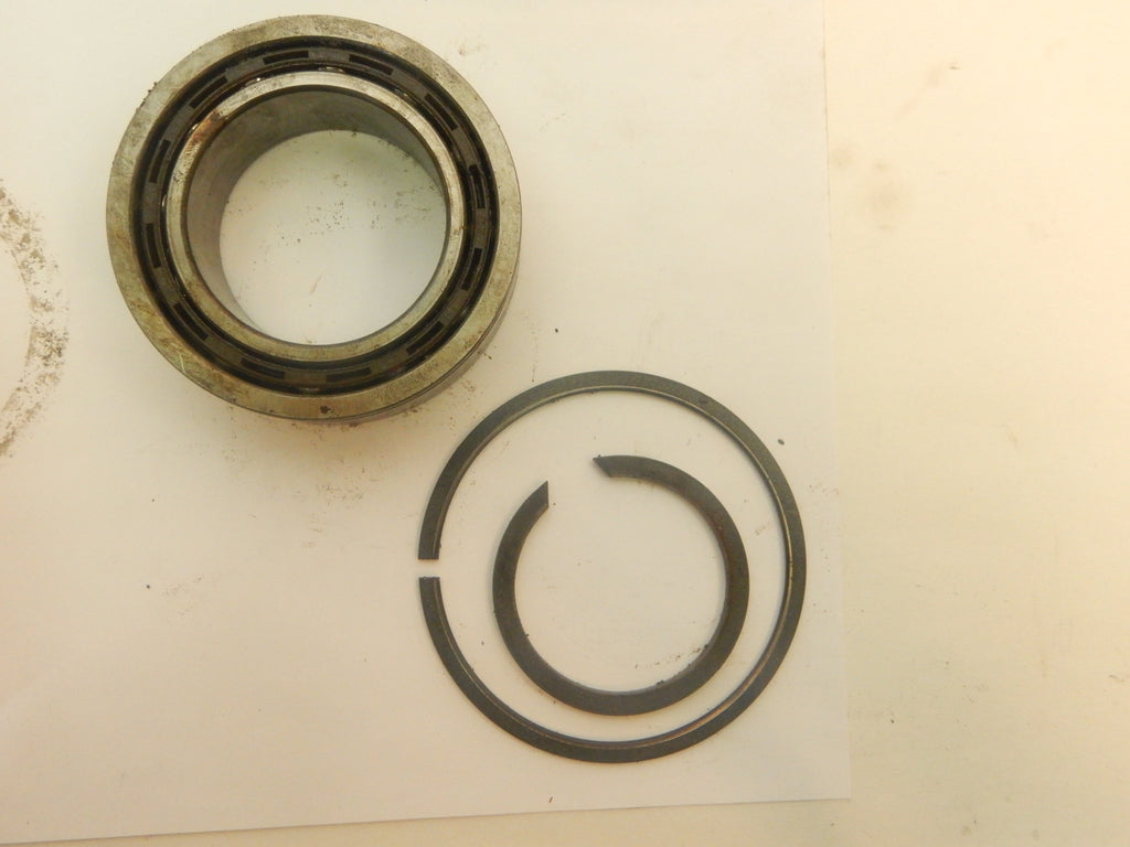93-95 Grand Cherokee ZJ Jeep 249 Transfer Case Input Bearing + Retainer Rings