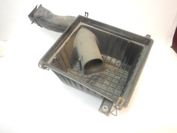 99-04 Grand Cherokee WJ Jeep Air Cleaner Filter Bottom with Connector Tube 53013345