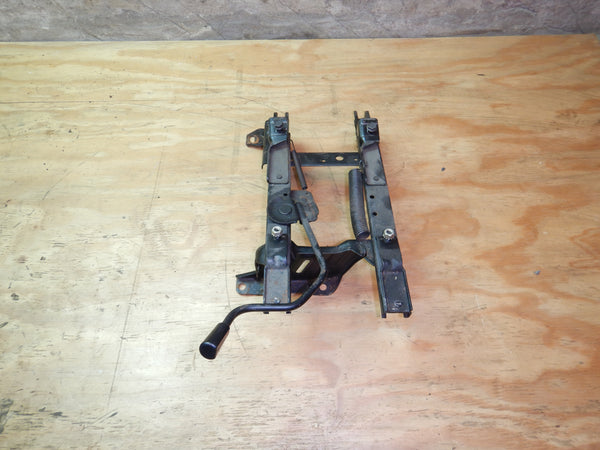 84-95 Cherokee XJ Jeep Passenger Right Front Seat Bracket Set Slider Manual