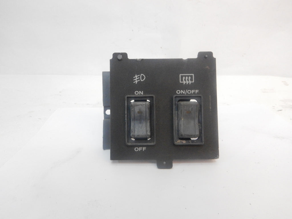 84-96 Cherokee XJ Jeep Dash Rear Defrost and Fog Switch with Bezel