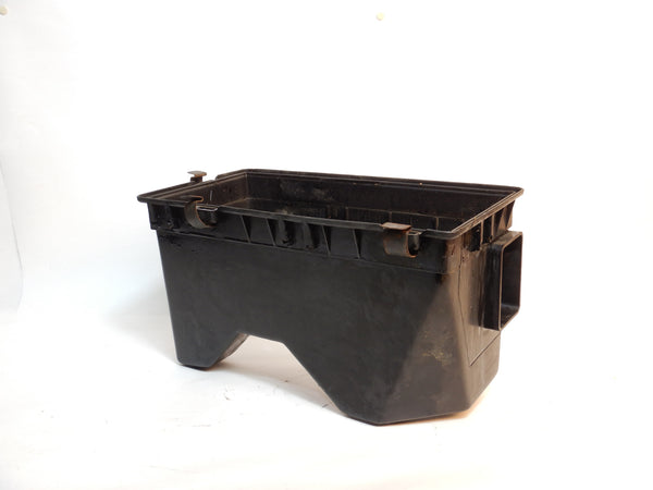 91-01 Cherokee XJ Jeep 4.0 Air Intake Cleaner Filter Bottom 53030737