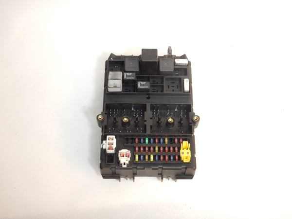 99 Grand Cherokee WJ 4.0 Fuse Junction Relay Box Body Control Module BCM 56038406AJ
