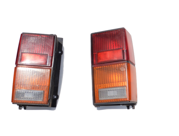 84-96 Cherokee XJ Driver / Passenger Rear Tail Light Lamp Set
