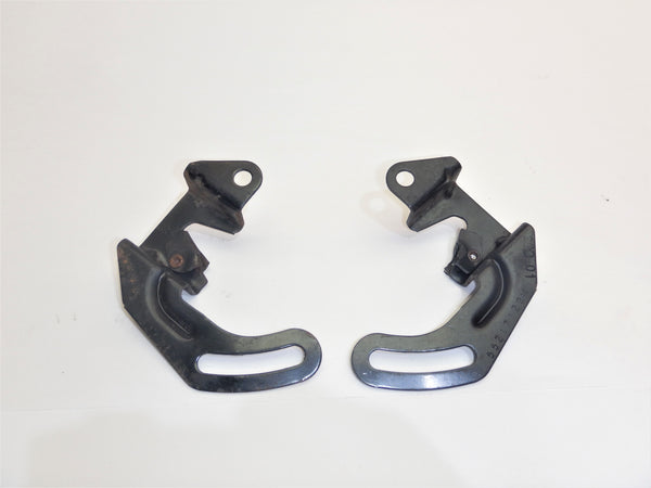 97-02 Wrangler TJ Fold and Tumble Rear Seat Brackets Bracket Set  QLP0446L QLP0446R 55217128 55217129