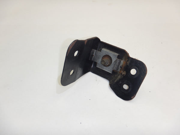 97-04 Wrangler TJ Jeep Tailgate Tail Gate Striker Catch Pin Bracket Mount 55176451