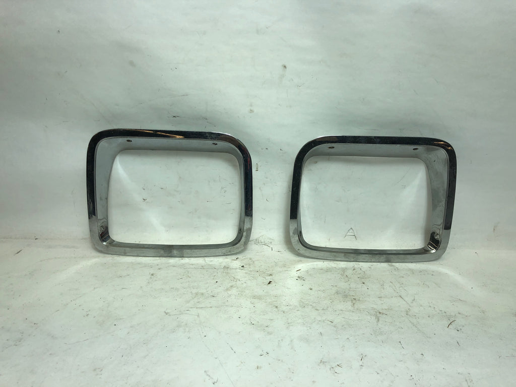 87-95 Wrangler YJ Jeep Chrome Head Light Headlight Bezel Trim Pair Set