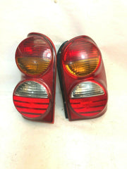 02-04 Liberty KJ Tail Light Lamp Assembly Set Pair Driver Passenger